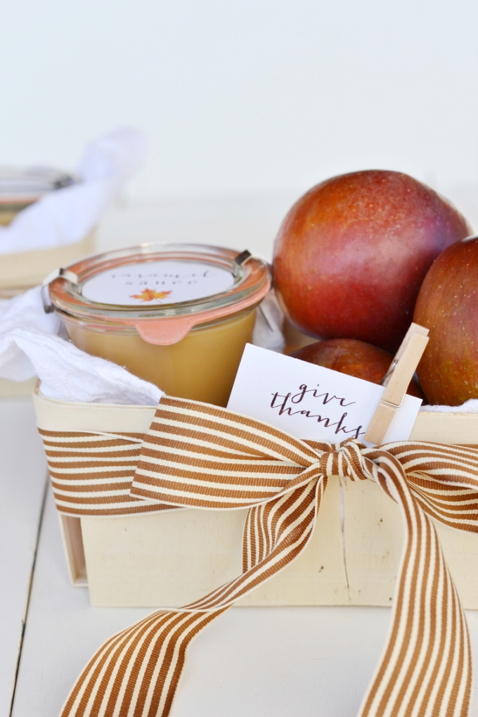 DIY FALL HOSTESS GIFT BASKET-boxwoodavenue.com